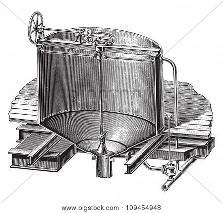 Tray made of sheet for wetting barley, vintage engraved illustration. Industrial encyclopedia E.-O. Lami - 1875.
