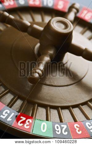 plastic roulette wheel