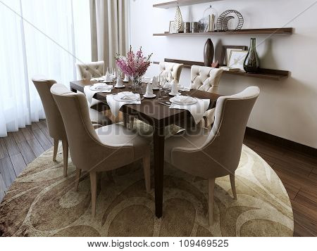 Dining Classical Style