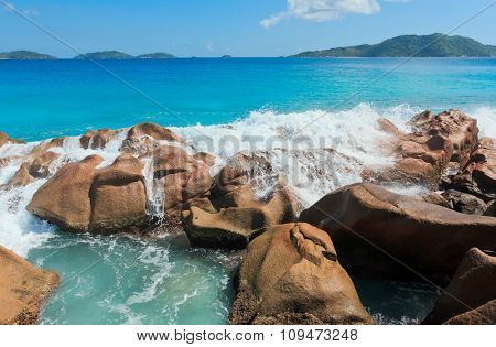 LaDigue Stones Magnificent Seychelles
