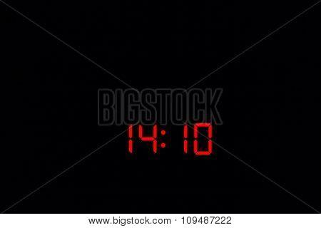 Digital Watch 14:10