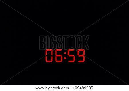 Digital Watch 06:59