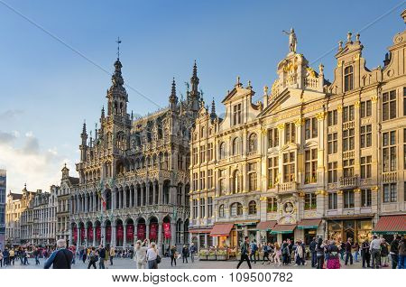Brussels, Belgium - May 13, 2015: Many Tourists Visiting Famous Grand Place The Central Square Of Br