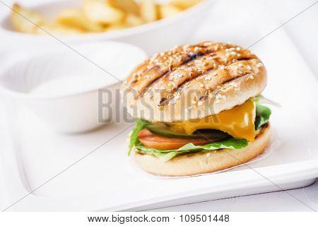 cheeseburger with potato