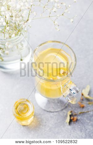 Mulled White Wine Spicy hot tea