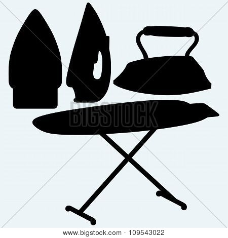 Set iron and ironing board