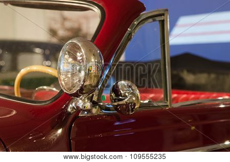 Retro Headlamp On The Car