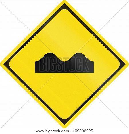 Japanese Warning Road Sign - Bumpy Road