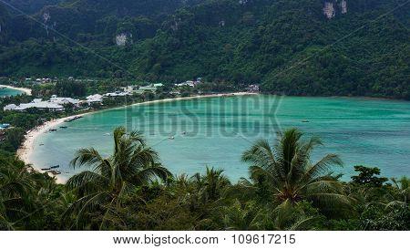 Beach Of Ko Phi Phi