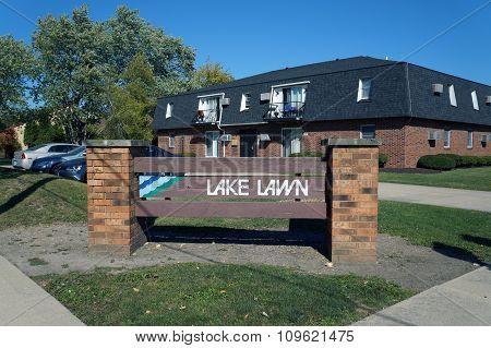 Lake Lawn Apartments