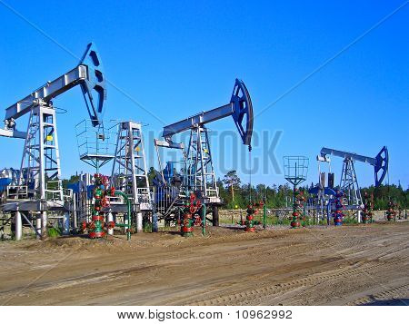 Oil pumps in Surgut