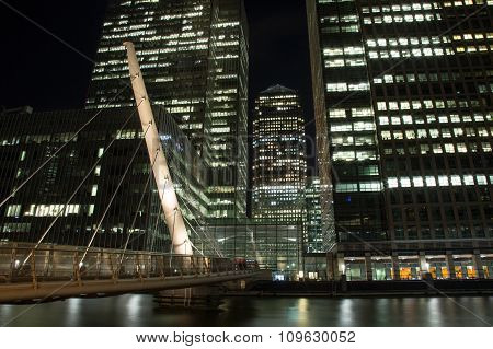 South Quay Footbridge to Canary Wharf