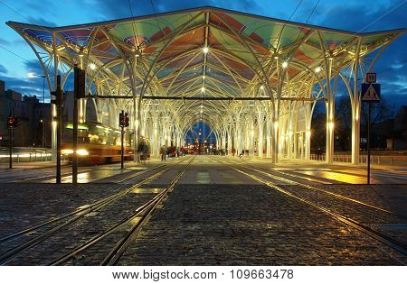 The big center tram.