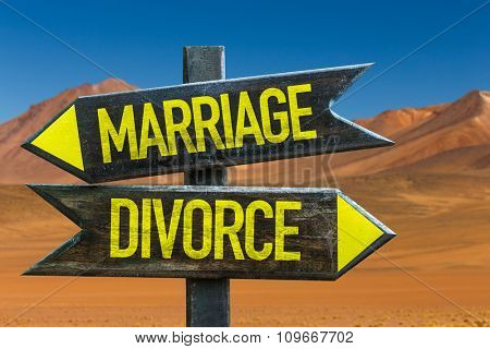 Marriage - Divorce signpost in a desert background