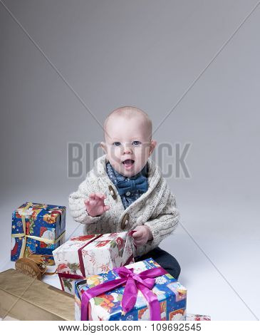 Pllayful Baby  With Gift Boxes