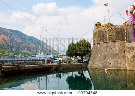 Kotor, Montenegro, August 10, 2015 : The Old Fortress Of Kotor Old Medieval Town. Kotor Is A Part Of