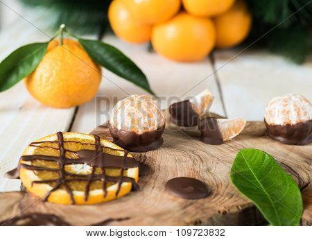 Citruses with chocolate