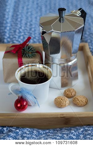 lazy Christmas - coffee and cookies in bed