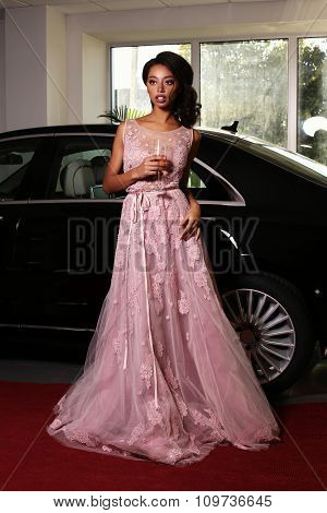Mulatto Woman Wears Luxurious Dress,arrived On Red Carpet Event