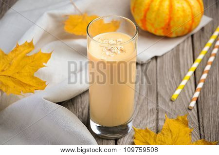 Healthy pumpkin smoothie with banana and oatmeal