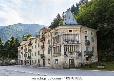 Old Abandoned Hotel At The Serra Bridge In Belluno, Italy