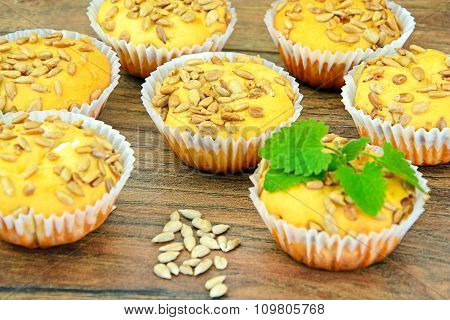 Cupcakes with Sunflower Seeds