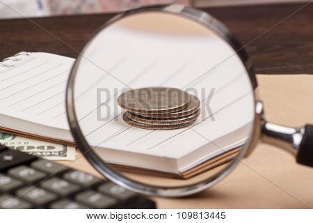 Banknotes, Notepad, Calculator