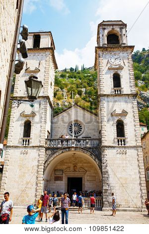 Kotor, Montenegro - August 10, 2015: Saint Tryphon Cathedral With Tourists In The Old Town Of Kotor,