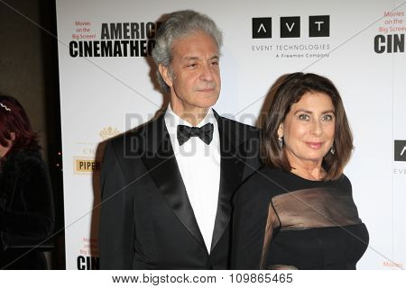 LOS ANGELES - DEC 12:  Rick Nicita, Paula Wagner at the 27th American Cinematheque Award at the Beverly Hilton Hotel on December 12, 2013 in Beverly Hills, CA