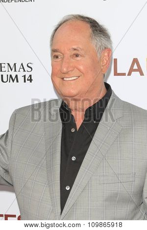 LOS ANGELES - JUN 19:  Neil Sedaka at the