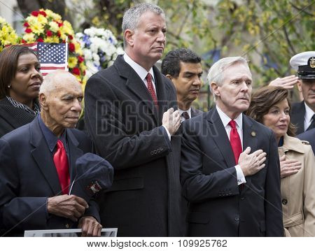 NEW YORK - NOVEMBER 11 2015: Mayor Bill De Blasio, Ray Mabus, US Secretary of the Navy (SECNAV) and other VIP at wreath laying ceremony in Madison Square Park before the Americas Parade, Veterans Day.