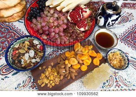 Central Asian Fruit And Sweets