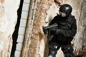 Постер, плакат: Military industry Special forces or anti terrorist police soldier private military contractor arme