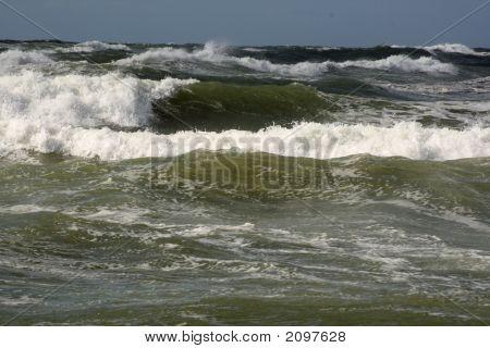 Nice Waves