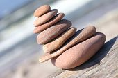 pic of lurch  - Leaned pebble tower close - JPG