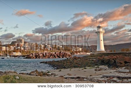 tranquil sunrise at the lighthouse wollongong nsw