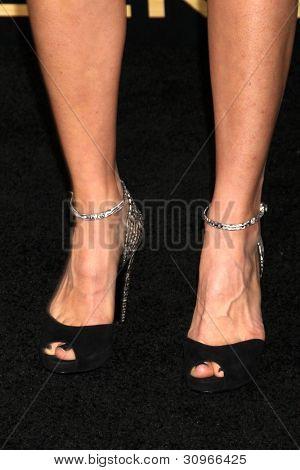 LOS ANGELES - MAR 12:  Kim Raver arrives at the