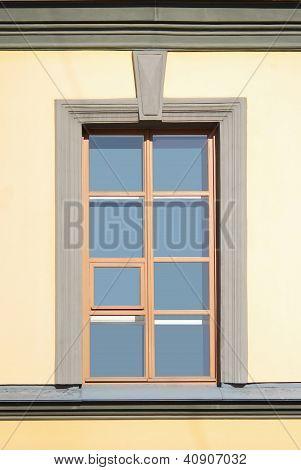 Straight Window