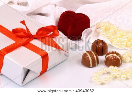 Wonderful Gifts For St. Valentine Day