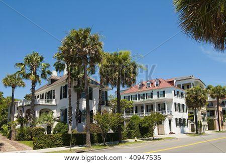 Charleston Victorian Houses
