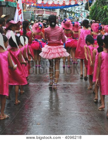 Majorette Back With Little Girls