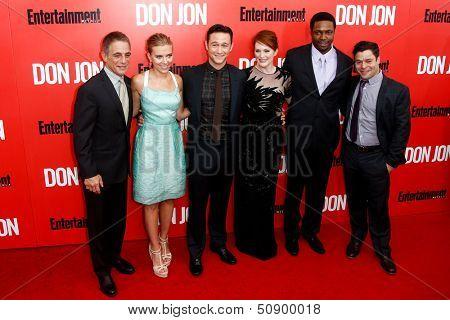 NEW YORK-SEP 12: (l-r) Tony Danza, Scarlett Johansson, Joseph Gordon-Levitt, Julianne Moore, Rob Brown and Jeremy Luc attend