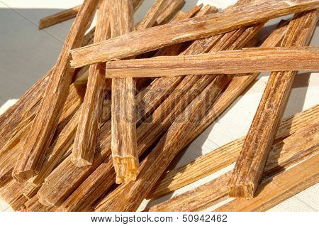 Tinder Wood