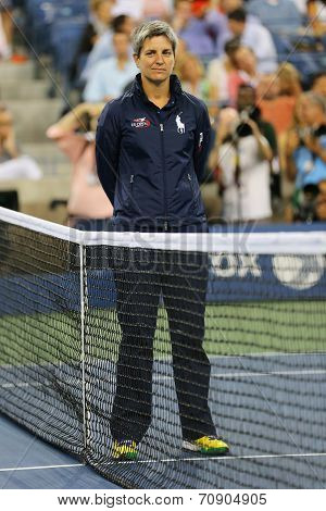 Chair umpire Marija Cicak at US Open 2014