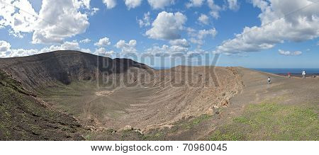 Lanzarote - View into the crater of Caldera Blanca