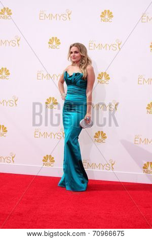 vLOS ANGELES - AUG 25:  Madeline Brewer at the 2014 Primetime Emmy Awards - Arrivals at Nokia at LA Live on August 25, 2014 in Los Angeles, CA