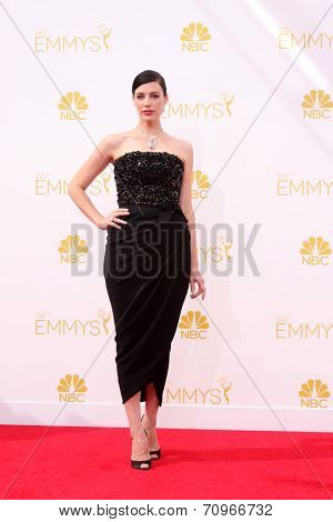 vLOS ANGELES - AUG 25:  Jessica Pare at the 2014 Primetime Emmy Awards - Arrivals at Nokia at LA Live on August 25, 2014 in Los Angeles, CA