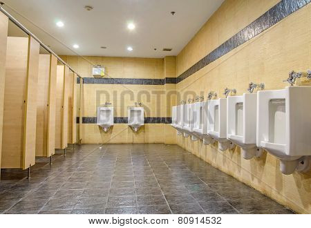 Public Men Toilet Room