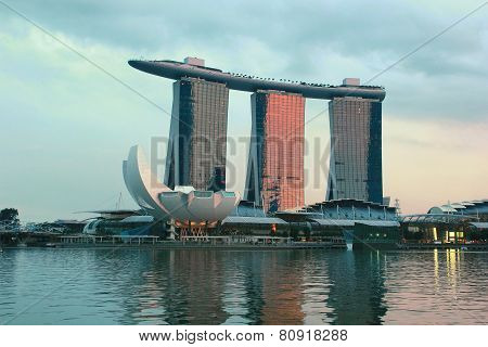 Sunset in marina bay sands Singapore
