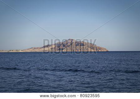 Island Of Tyrant